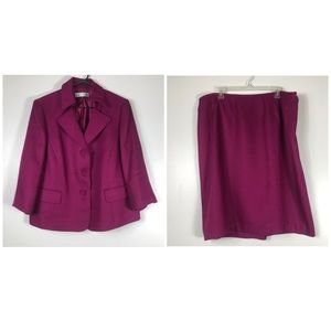 Purple 2 Piece Matching Skirt Suit Size 18W
